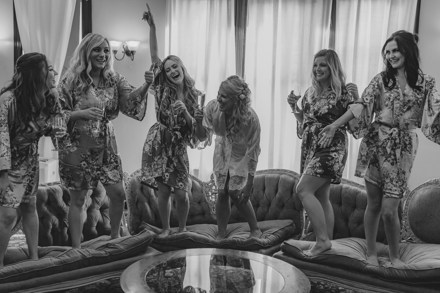 Wedgewood Sequoia Mansion wedding bridesmaids on the couch photo