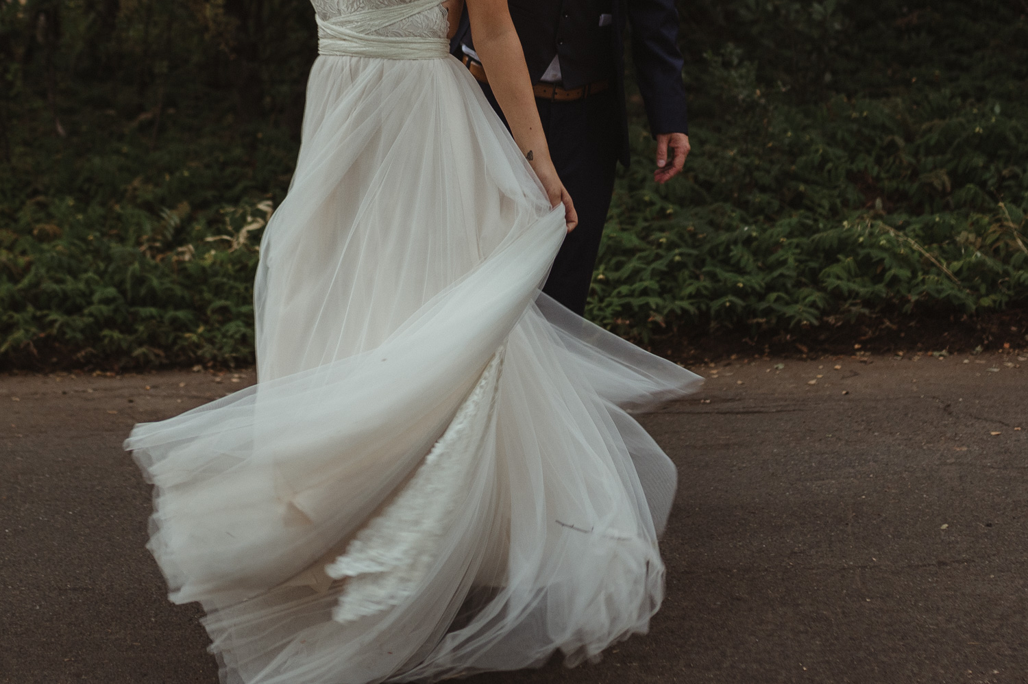 Wedgewood Sequoia Mansion wedding dress photo