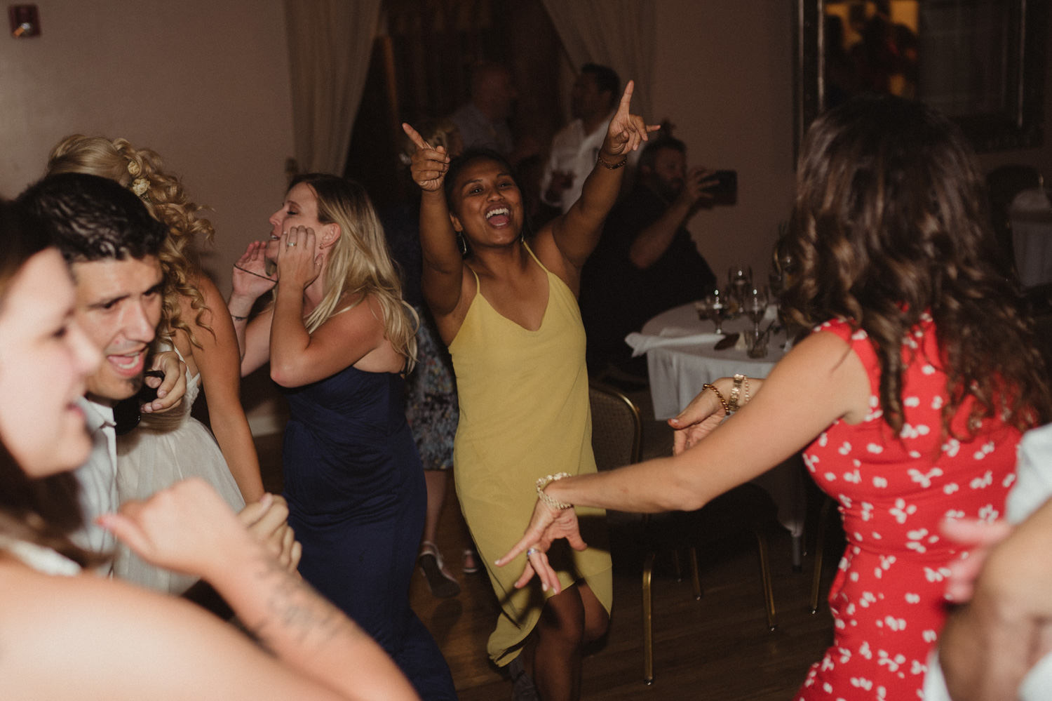 Wedgewood Sequoia Mansion wedding reception dancing photo
