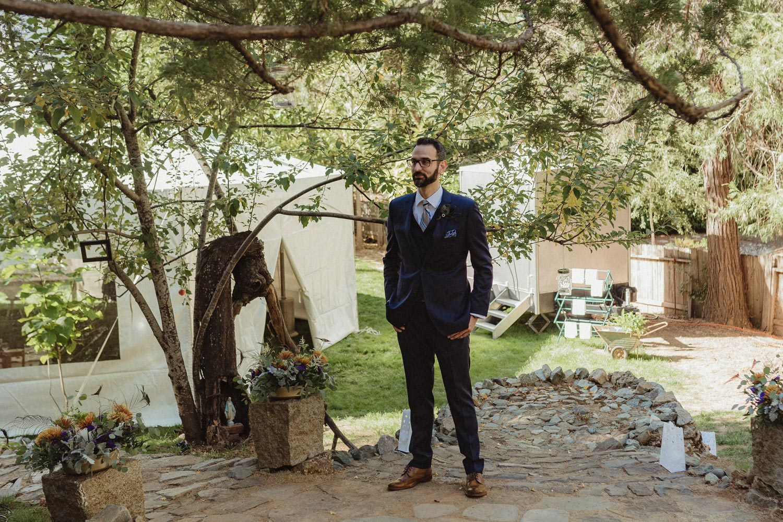Nevada City wedding groom waiting for the bride photo