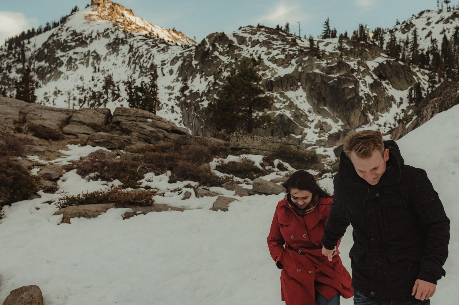 Couples photo session at Donner Pass, couple holding hands photo