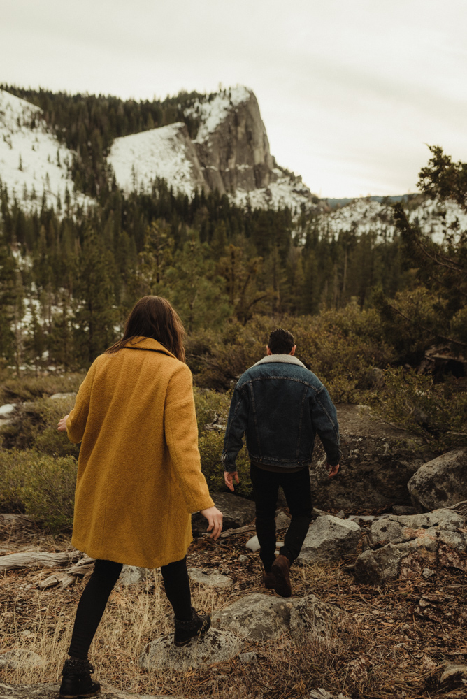 Lake Tahoe engagement photographer, couple at Lovers leap