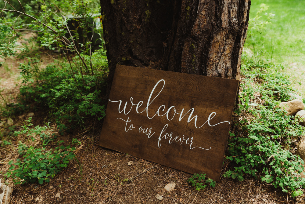 Twenty Mile House Wedding, photo of welcome sign