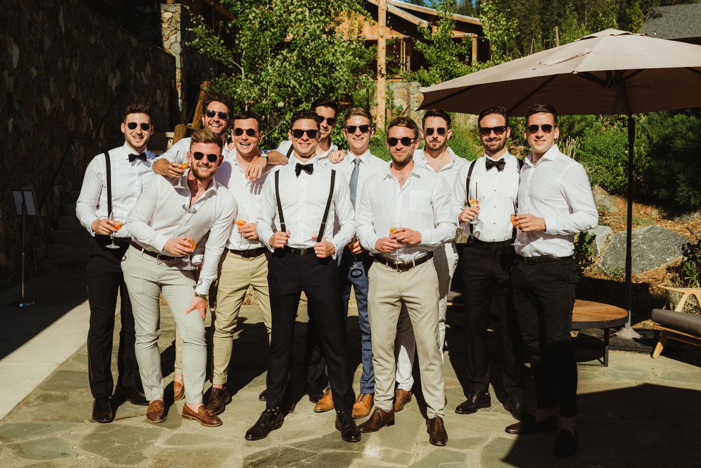 Rush Creek Lodge Wedding, cocktail hour photo
