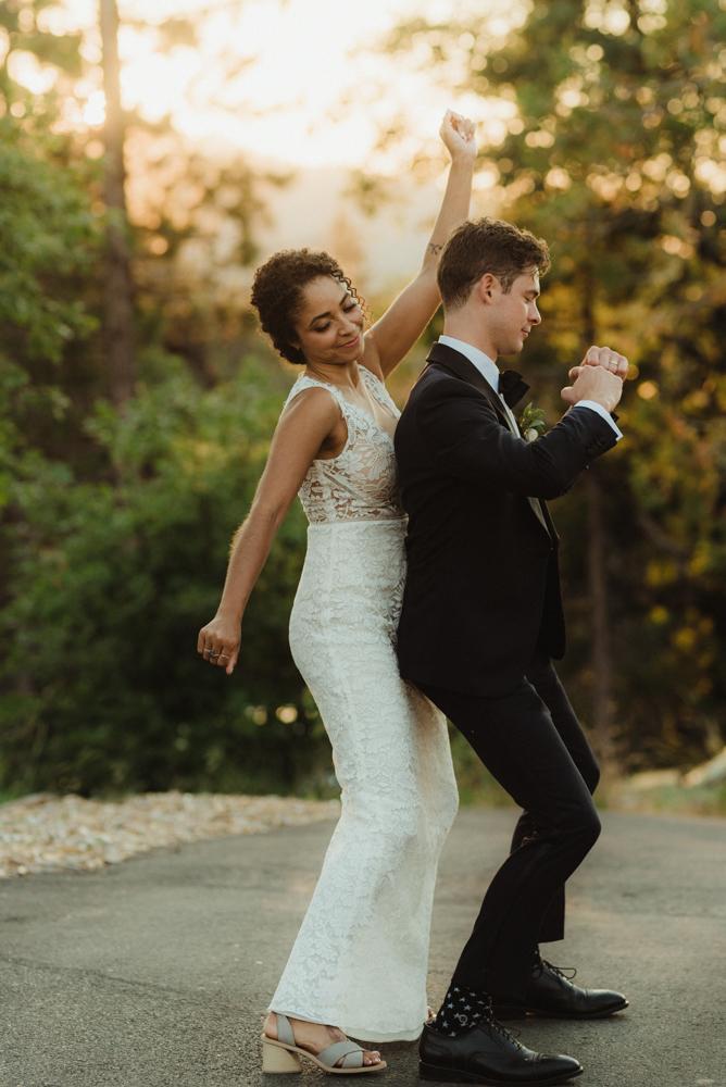 Rush Creek Lodge wedding, couple dancing photo