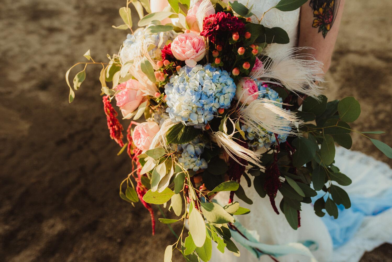 River School Farm Wedding, photo of bouquet