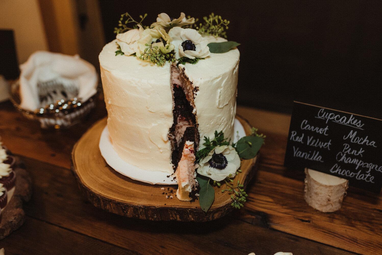 The Chateau Incline Village Wedding, jewish wedding photographer, photo of sliced cake
