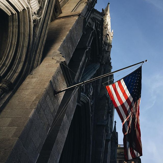 Waiting for Pope Francis, St. Patrick's Cathedral, NY