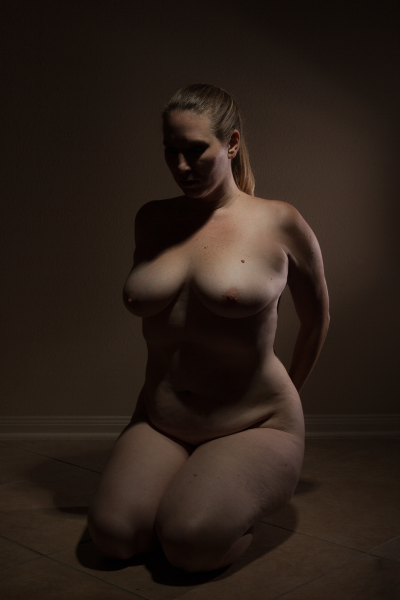 My nude year - Shannon Purdy Day 306-4