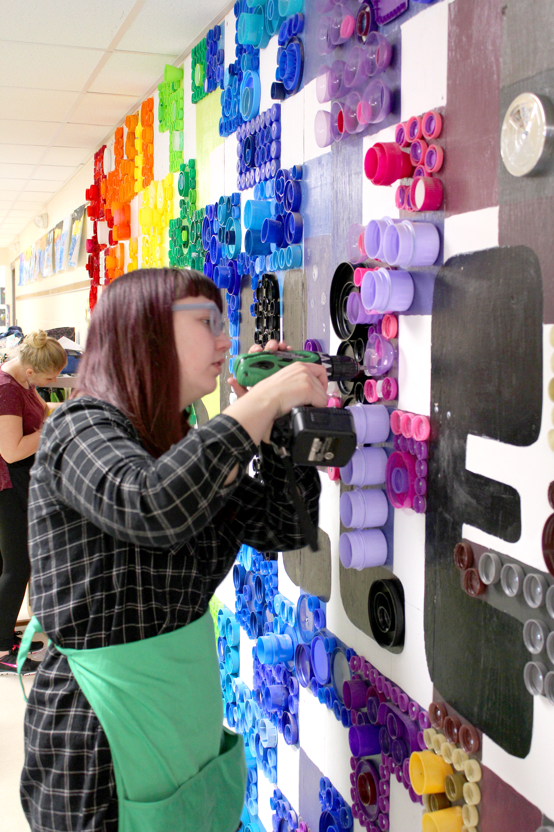 Grace Rogers  UW-Stout Art Education INTERNSHIP: Downsville Sustainability Mural Project, Downsville Elementary School