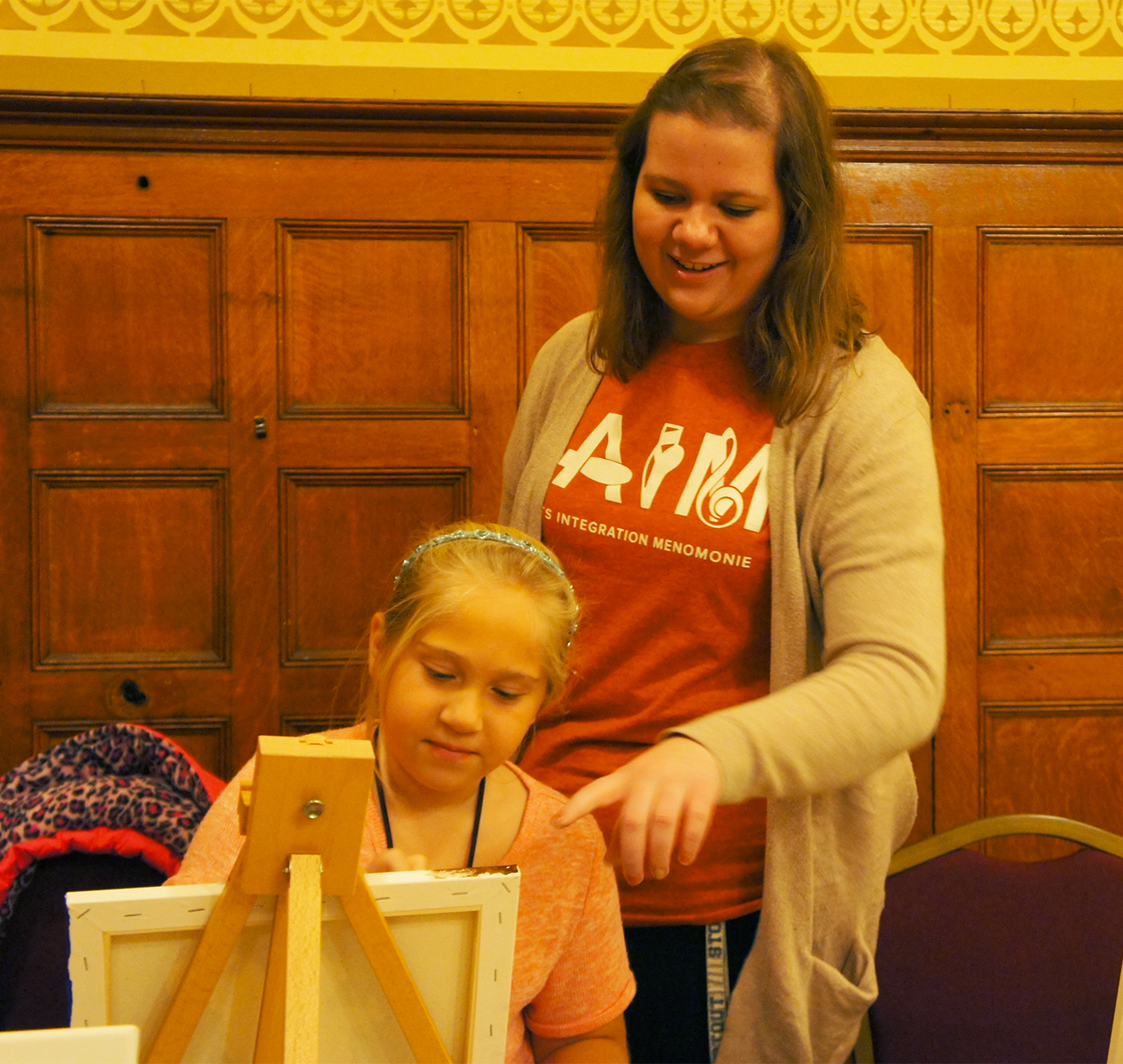 Nicole Seidler  UW-Stout Art Education INTERNSHIPS: 1) Canvas Fridays, Mabel Tainter Center for the Arts  2) Mosaic Sundays, UW-Stout Library