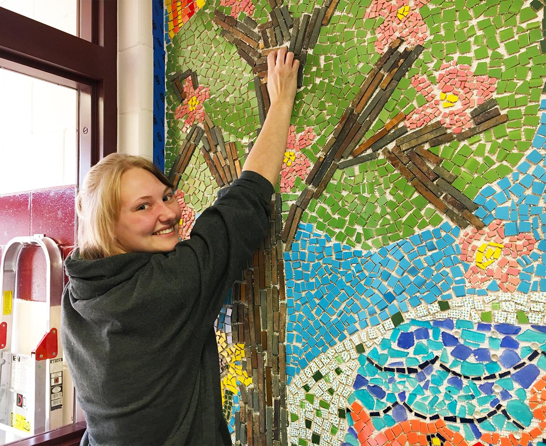 Teagen Heck  UW-Stout Art Education INTERNSHIP: Mosaic Mural, Knapp Elementary School