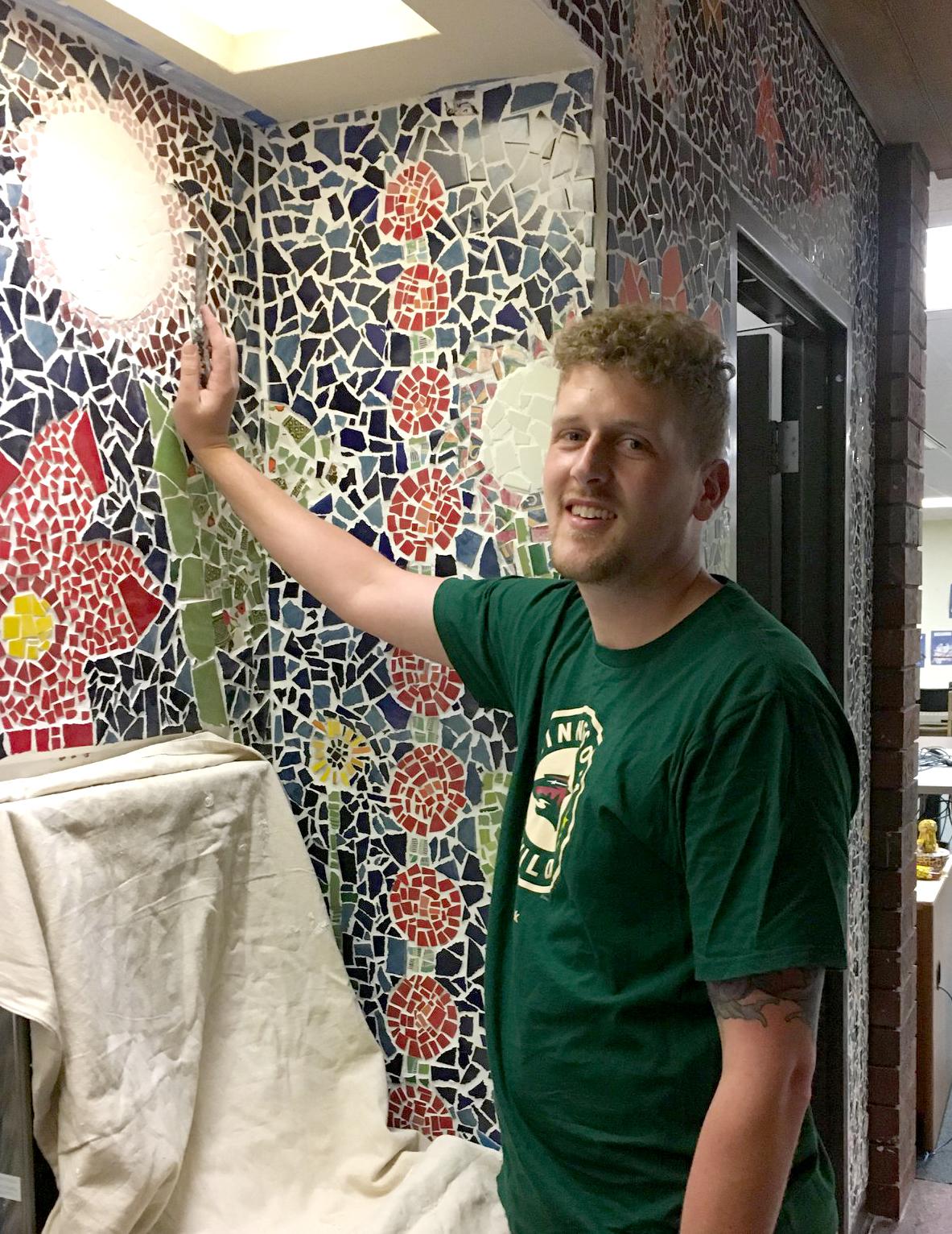BILLY FREY,  UW-Stout Art Education INTERNSHIP: Library Mosaic Classes, UW-Stout Library PRE-INTERNSHIP: Summer School Kindergarten, River Heights Elementary. Mentor: Mrs. Det Bossany