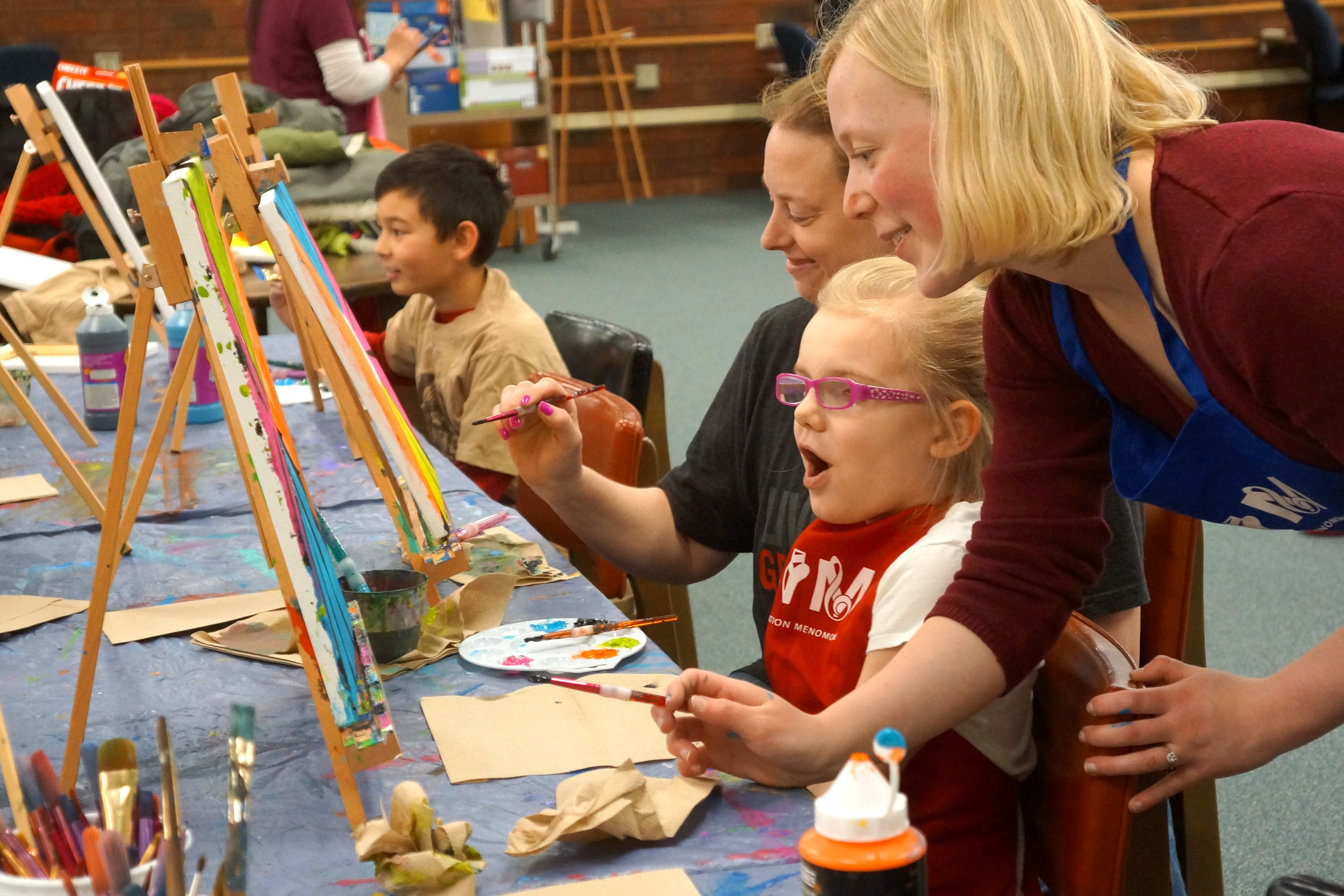 LAURA PRESLEY , UW-STOUT ART EDUCATION INTERNSHIPS: Canvas Creations (2 sections Sat./Sun.), Family painting classes, UW-Stout library