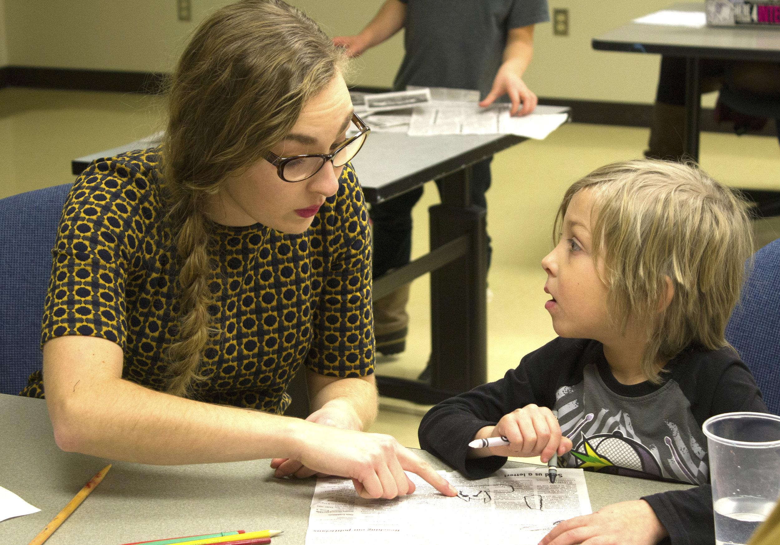 CHLOE HALVERSON , UW-STOUT ART EDUCATION  Internship: Children's Art Club Coordinator, UW-Stout Library