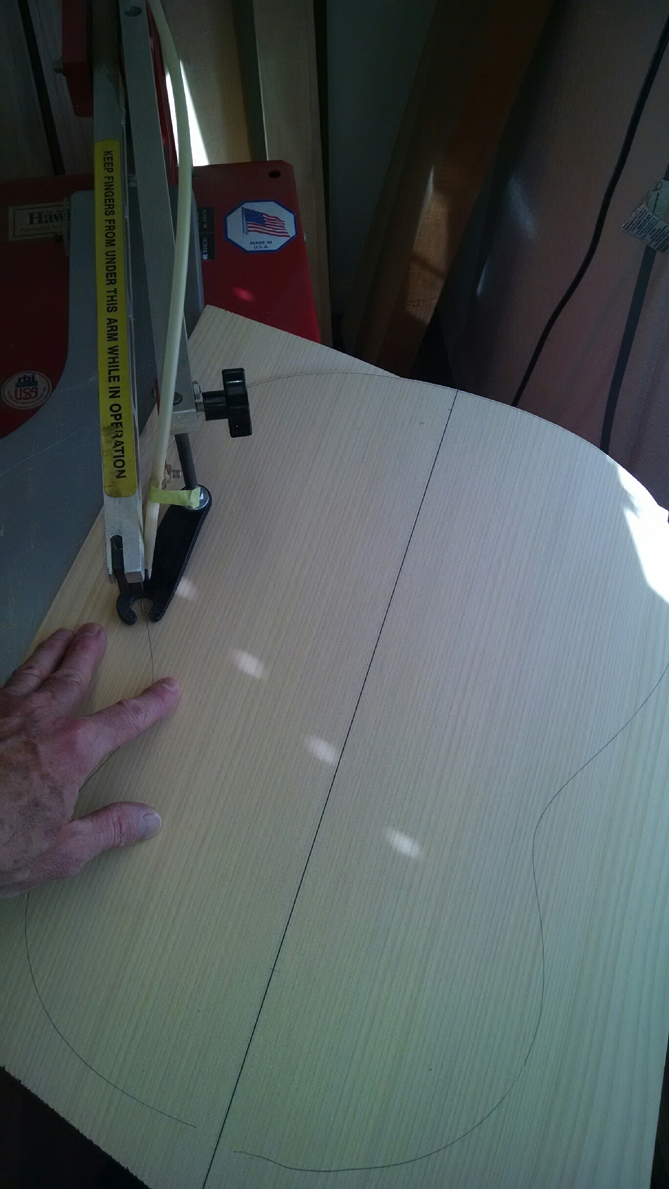 Scroll sawing back