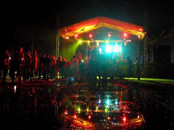 London Xpress Stage