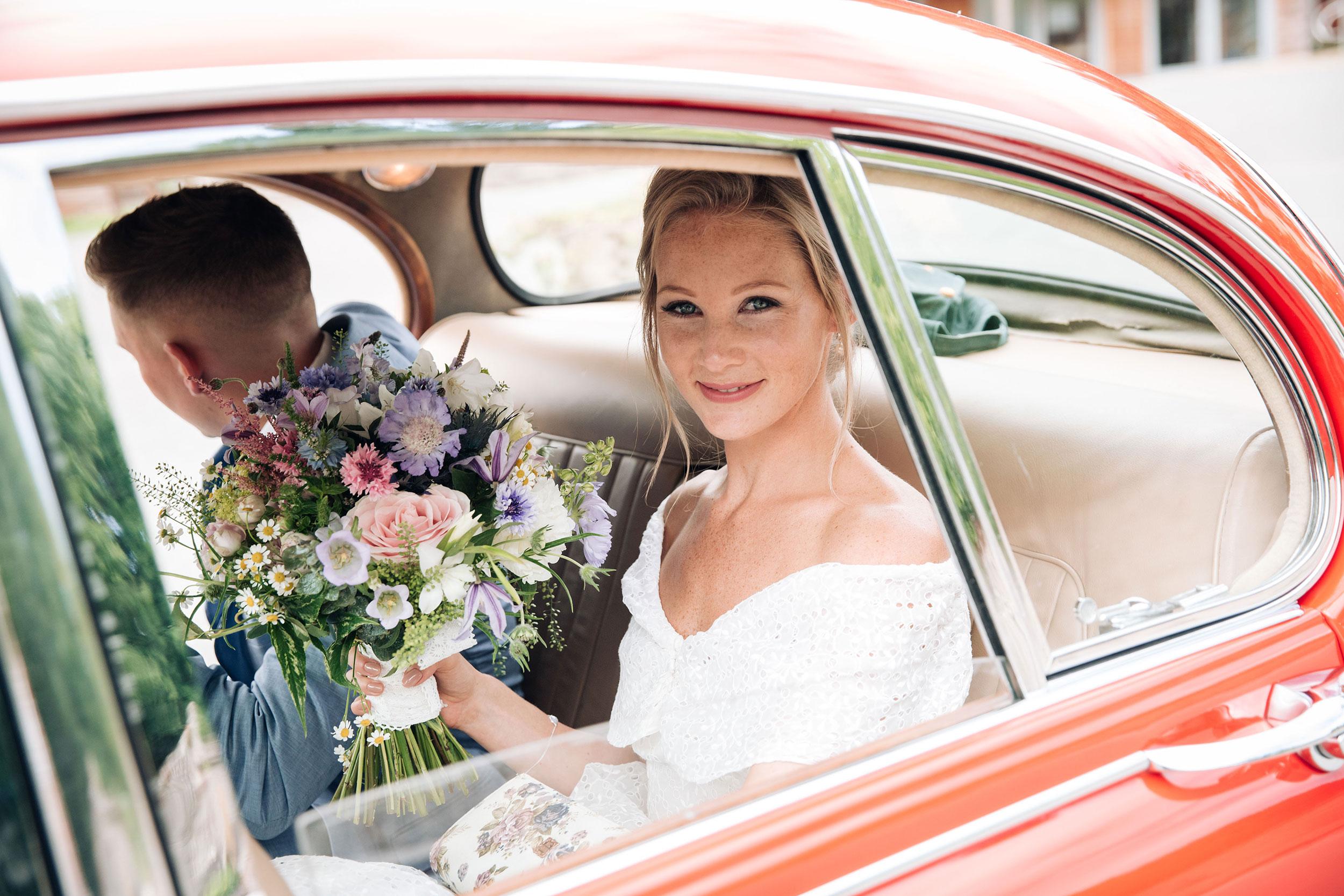 16.07.16-Tanya-&-Jethro-Wedding-Selection-12.jpg