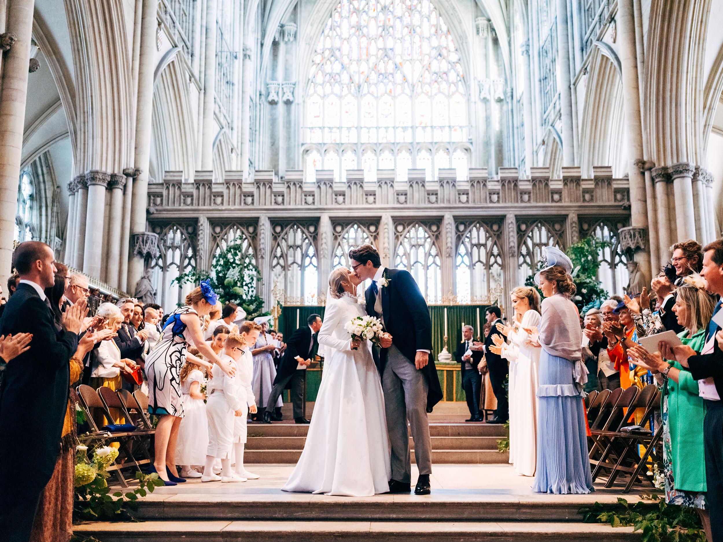 Ellie Goulding marries Casper  Jopling