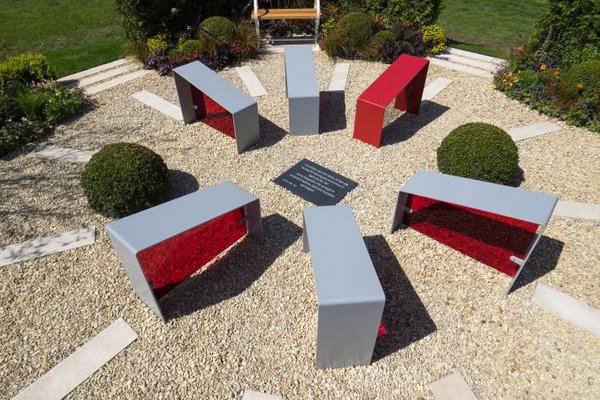 The Primrose Hospice Show Garden designed by Martyn Wilson and sponsored by Kendrick Homes. Image: Wilson Associates Garden Design