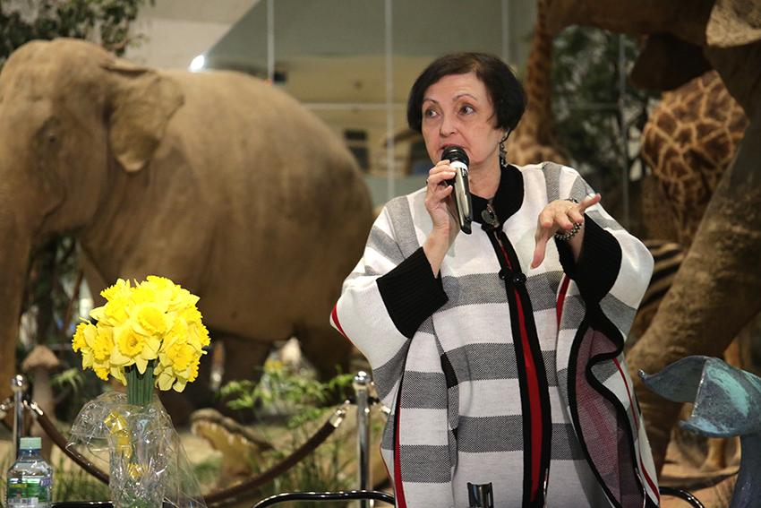Дильбар Николаевна Кладо, вдова А.В. Яблокова