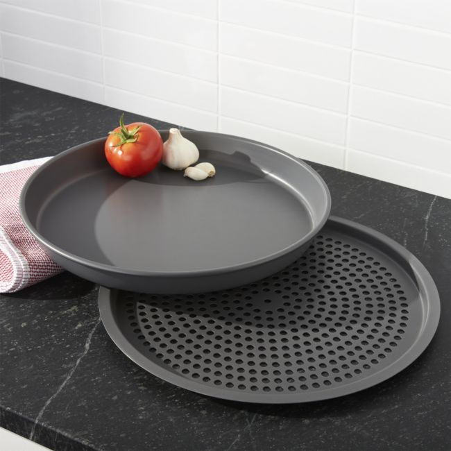 Deep Dish Pizza Set - Reg $89.95 Sale $44.50