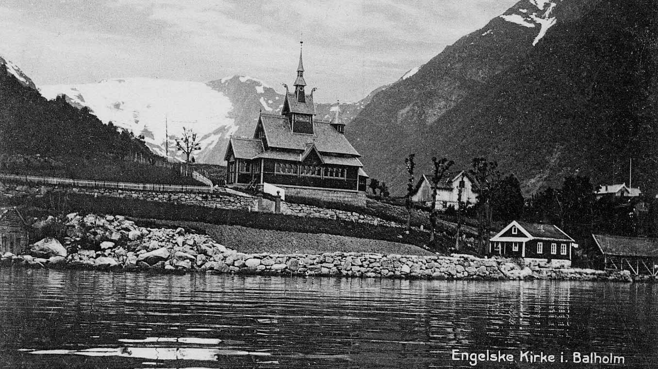 Kyrkja ble innvigd den 18. juli 1897.