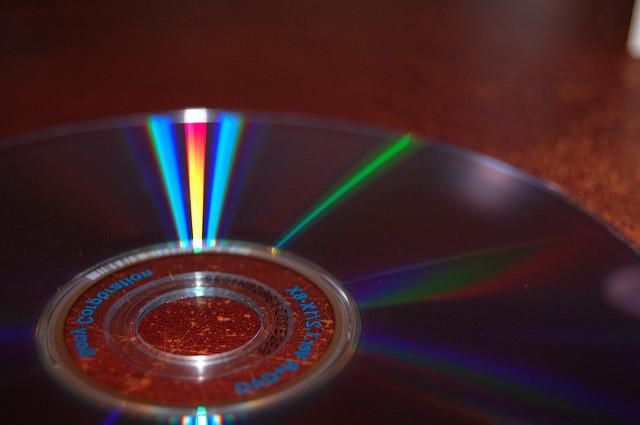 """""""DVD"""" - papanooms. Via  Flickr . License:  CC BY-SA 2.0"""