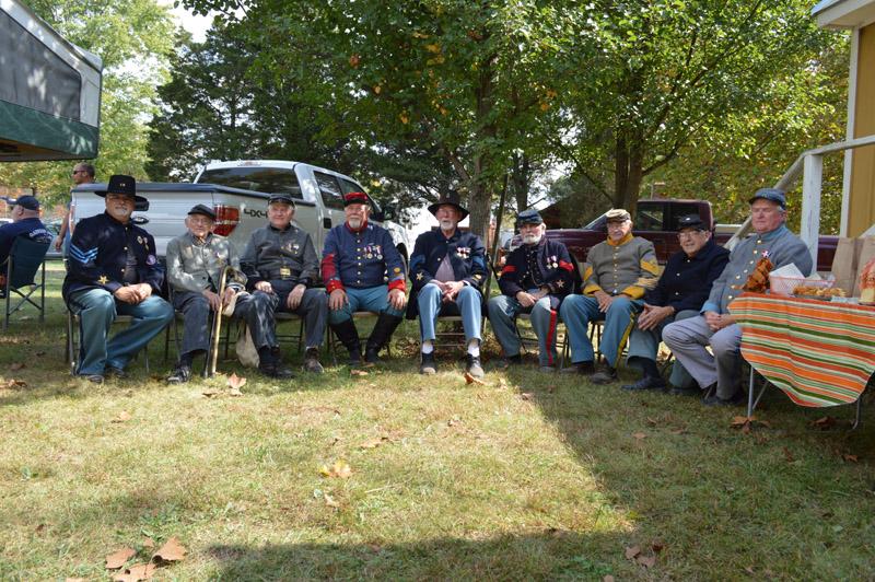 2013 Fall Past Commanders 05.jpg