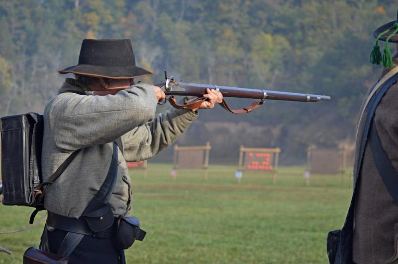 2014 Fall 1st Phase Musket 08 - paper cartridge.jpg