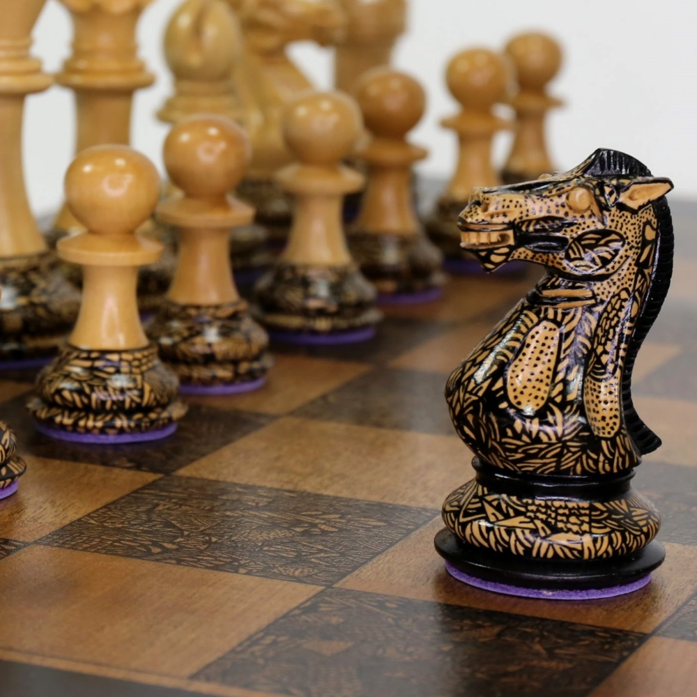 Art-Chess-by-Leonardo-Frigo-Black-knight-1000.jpg