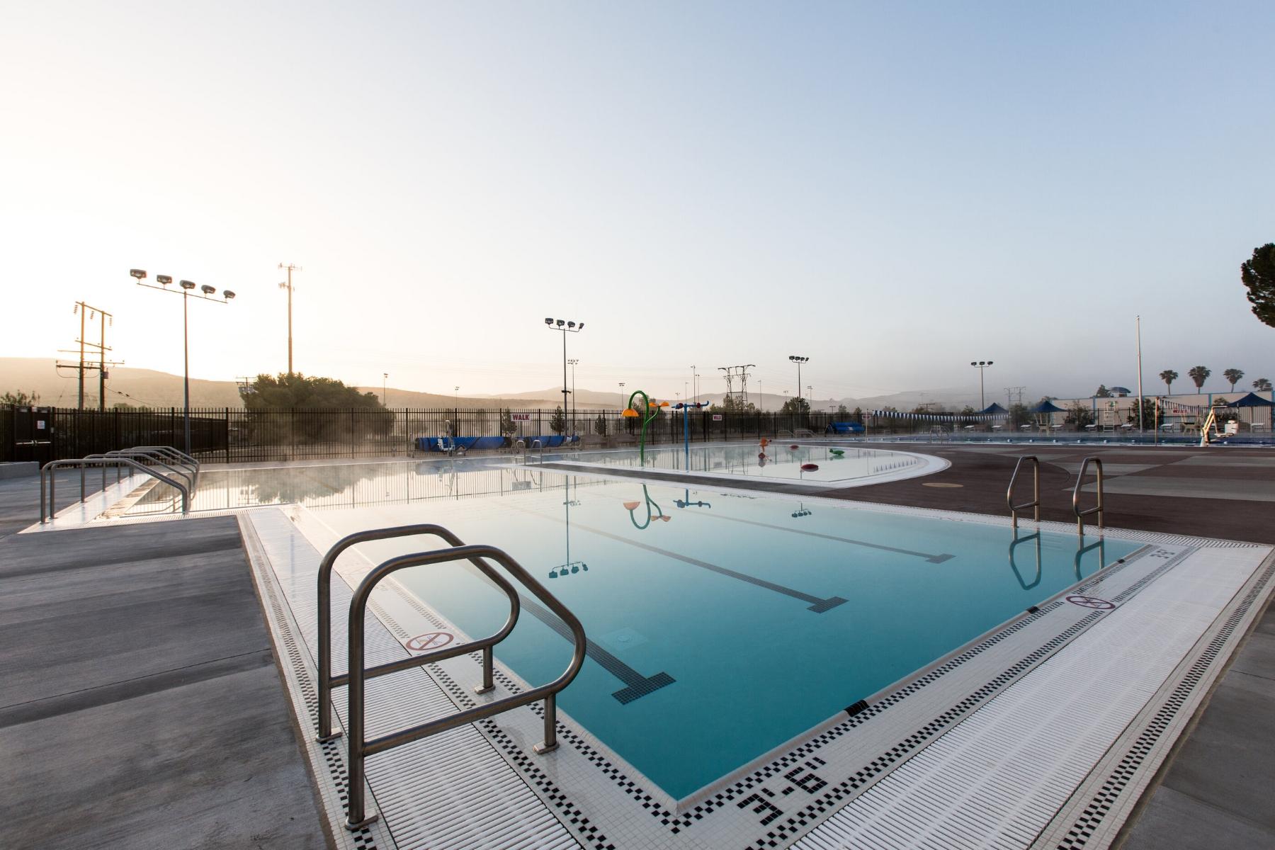 Castaic_Sports_Complex_Pool