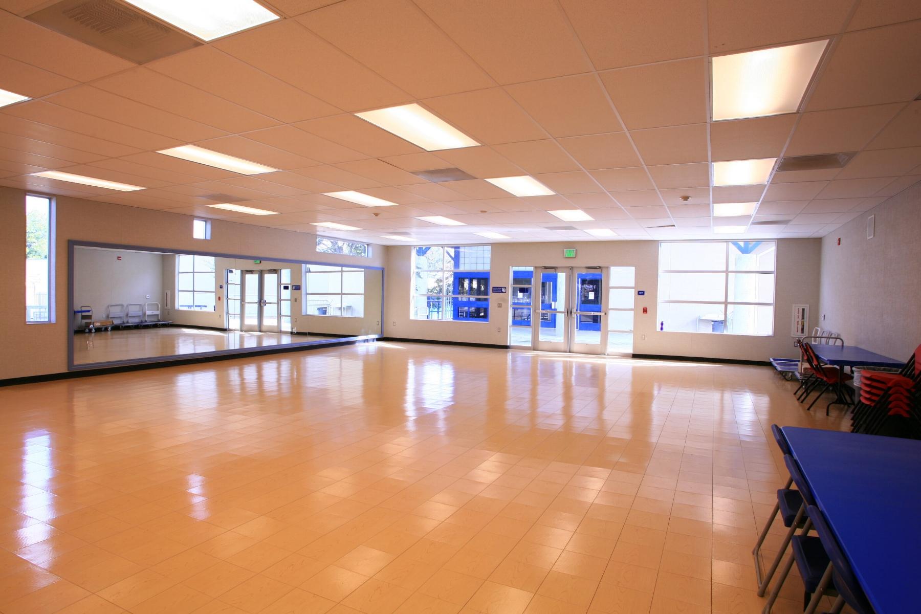 Boys_&_Girls_Club_Community_Room