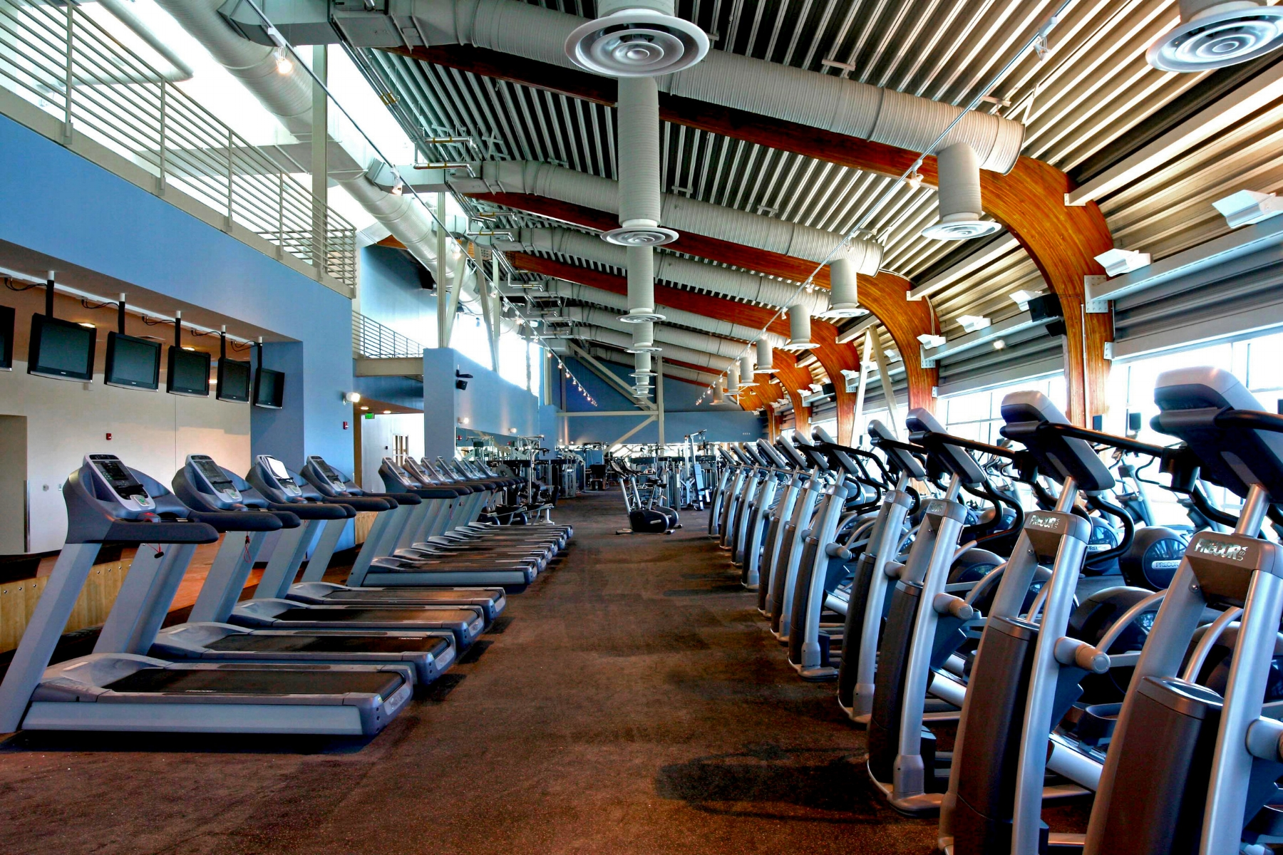 CSUSB_Rec_Center_Gym