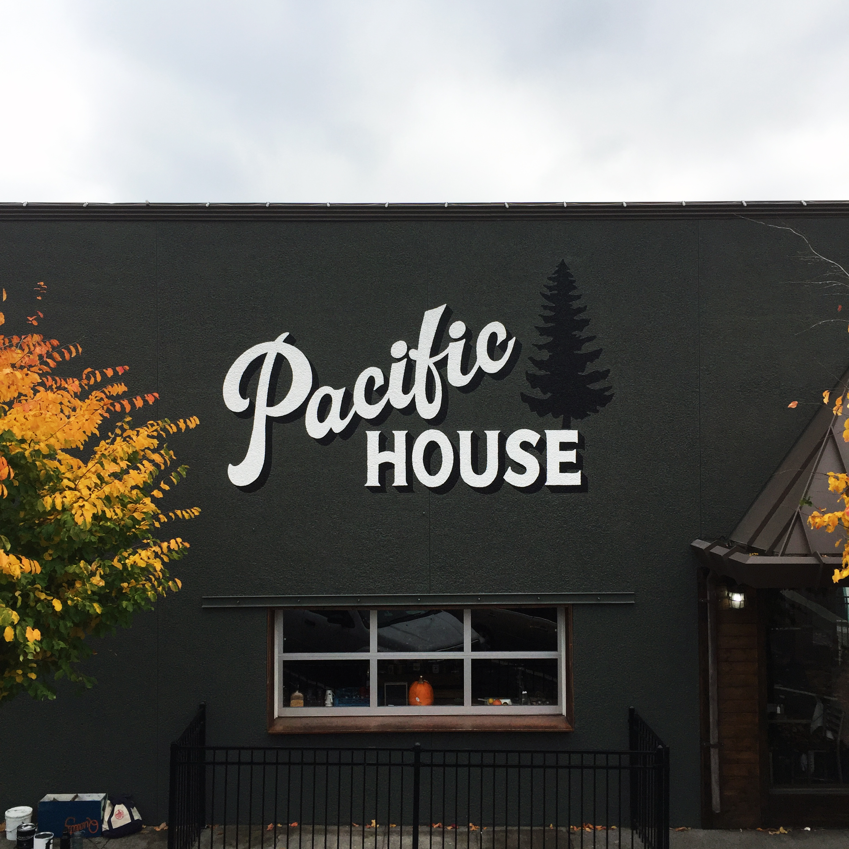 PacificHouse01.jpg