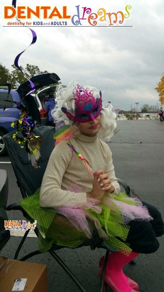 Kalamazo Dental Dreams office dressing up for Trunk or Treat