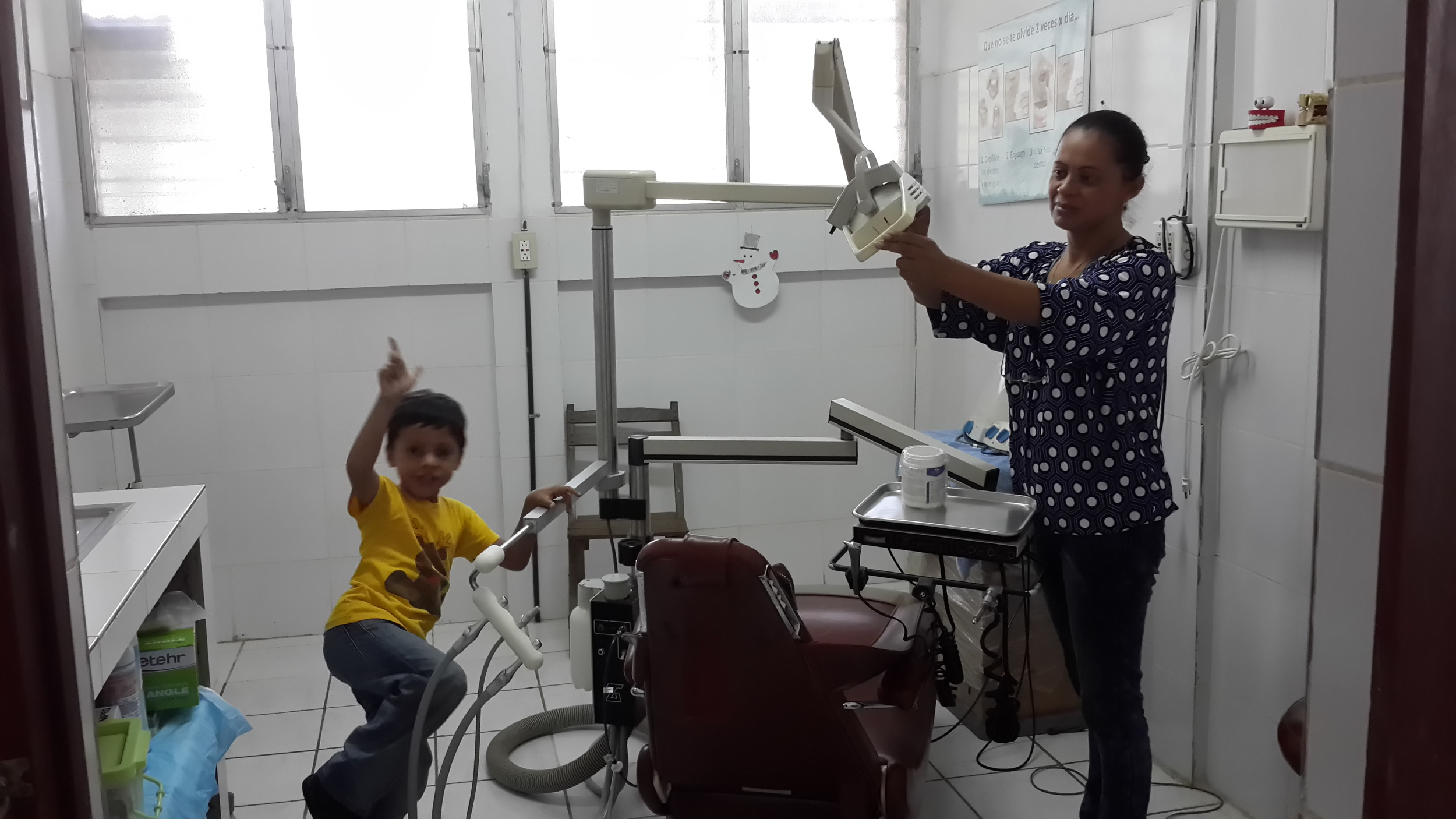 Local Nicaraguan mom and child needing dental care