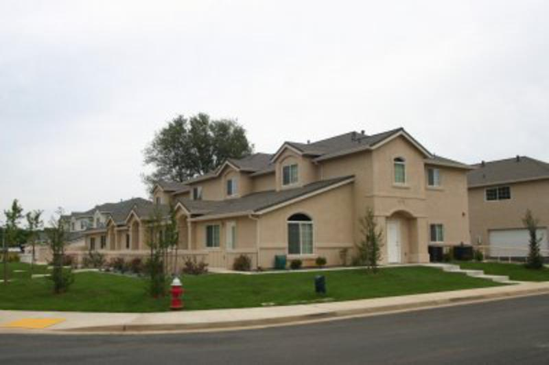 sk-construction-east-oaks-four-plexes.jpg