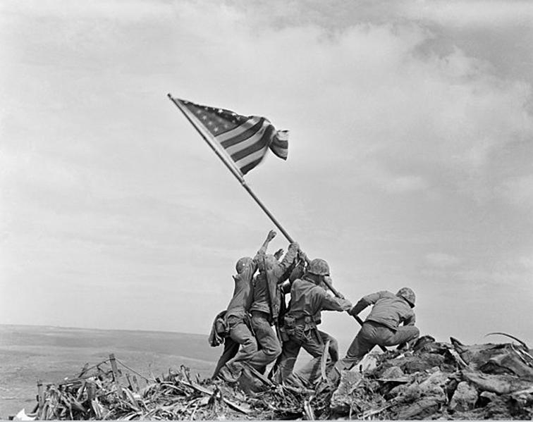 Raising The Flag On Iwo Jima (Joe Rosenthal, 1945)