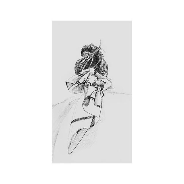 Scarf // pen on paper // original photographer unknown // #fashion #fashionillustration #ootd #ootdfashion #design #minimal #minimalism #minimalist #scarf #topknot #bun #messybun #woman #minimalstyle #female #feminist #feminism #itsallabouttheprocess #creativeprocess #makersgonnamake #style #minimalillustration #minimaldrawing #minimaldesign #drawingfromphoto #photographydrawingfashion #photographydrawing #hair #clothes #styleillustration