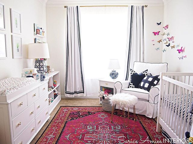 FYI all my #persianrug loving friends! The gorgeous pink rug I used in baby girl's #chinoiserienursery is on major sale on @jossandmain right now! It truly is the most beautiful rug in the history of ever. It looks fabulous in any space! 😍👌Check out the blog for more rug glamour shots! #nursery #edesign #girlnursery #jossandmain #jossfind #luluandgeorgia #chinoiserie #homegoods #homegoodshappy #MakeHomeYours #colorshare #projectnursery #blueandwhite #blueandwhiteforever #landofnod #lovemypbk #shareyourcwt #caitlinwilsontextiles #zincdoor #nurserydecor