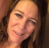 Kelly Anderson, Wellness Advocate and member of Creativity Heals Facebook Group