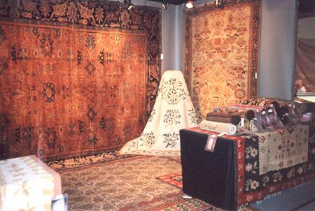M Topalian Inc-Fine Antique Carpets_Gramercy Park Antique Show.jpg