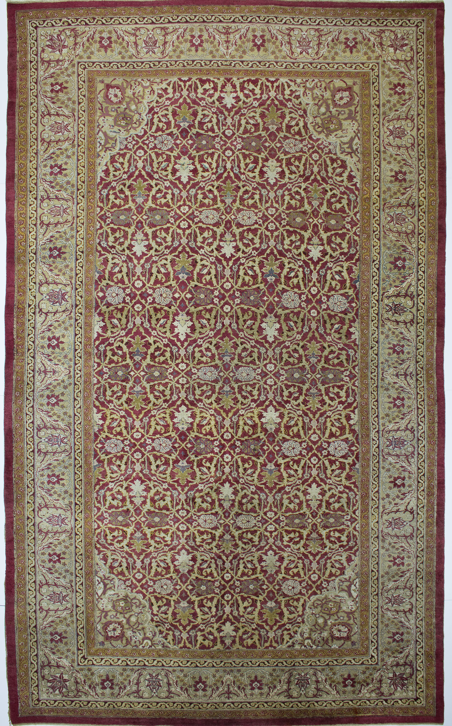 "Agra Carpet 17' 4"" x 10' 2"""