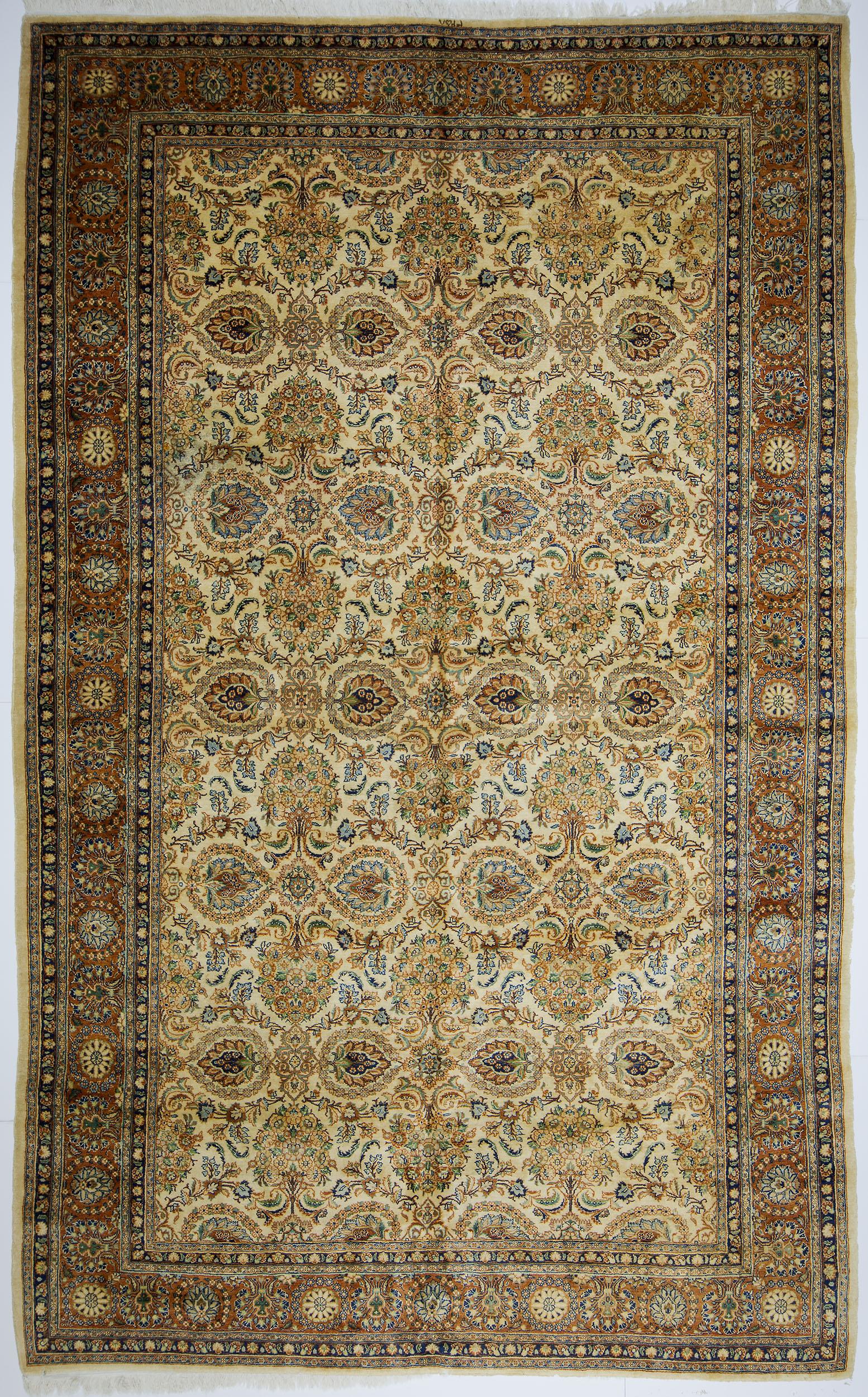 "Qazvin Carpet 15' 11"" x 9' 9"""