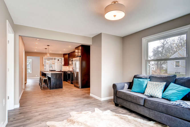 5756 Upton Ave S Minneapolis-small-013-5-Family Room-666x445-72dpi.jpg