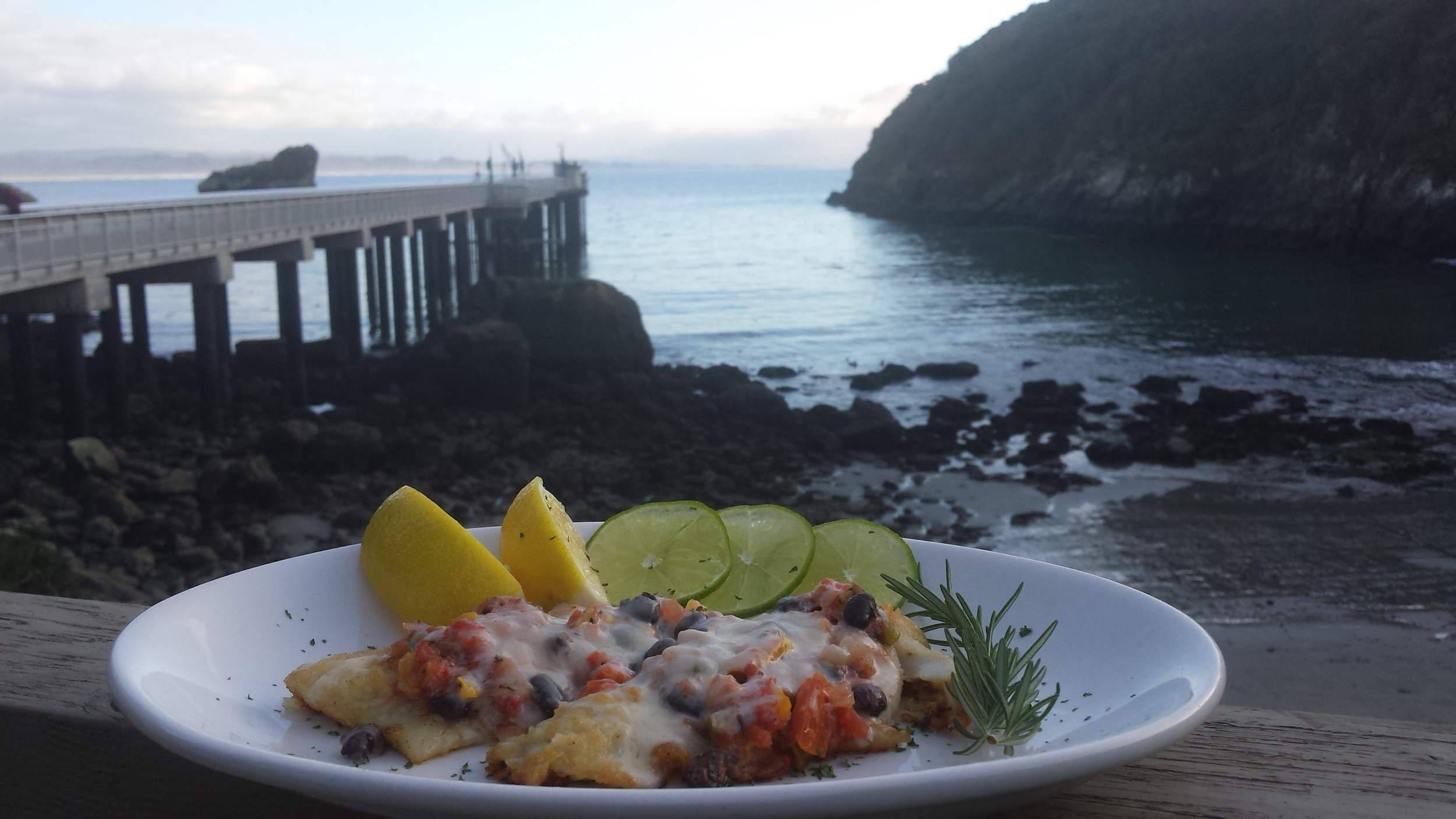 plate food pier.JPG