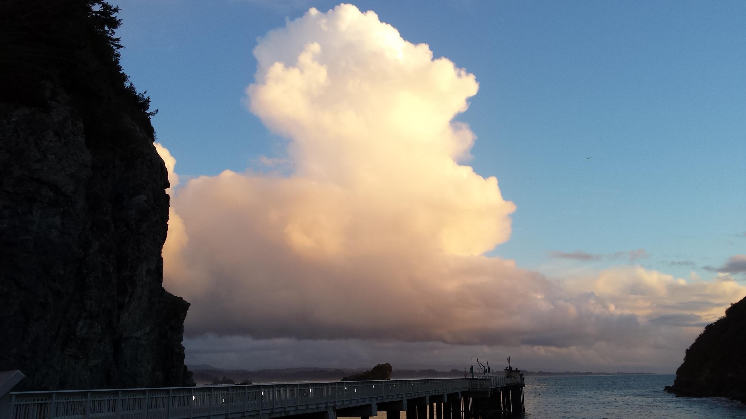 big cloud.JPG