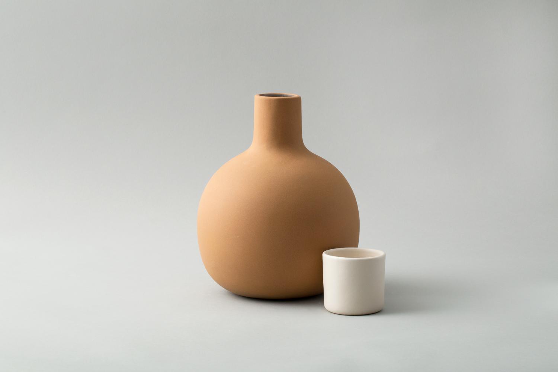 pitcher-white2.jpg