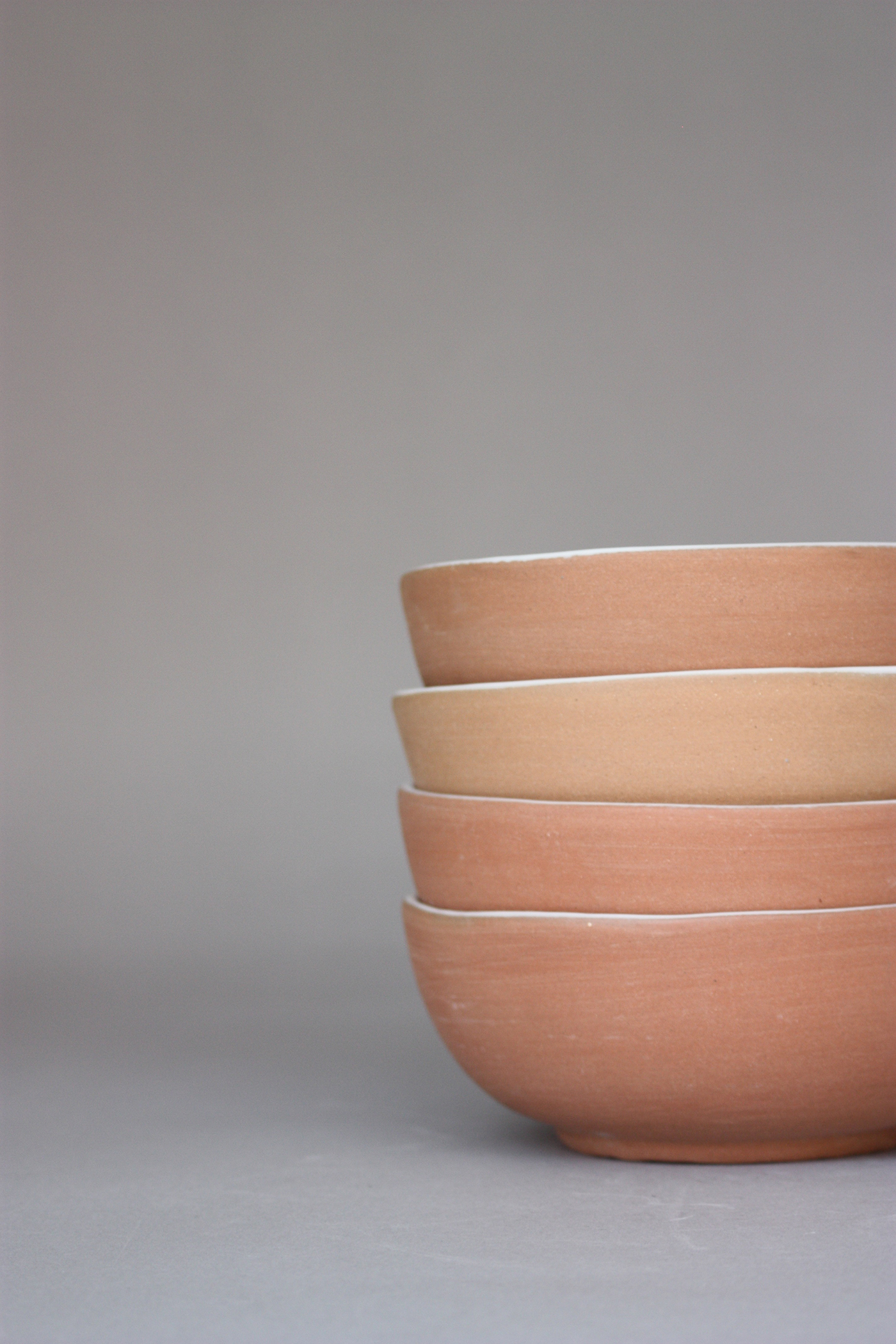 WHITE GLAZED CLAY BOWLS